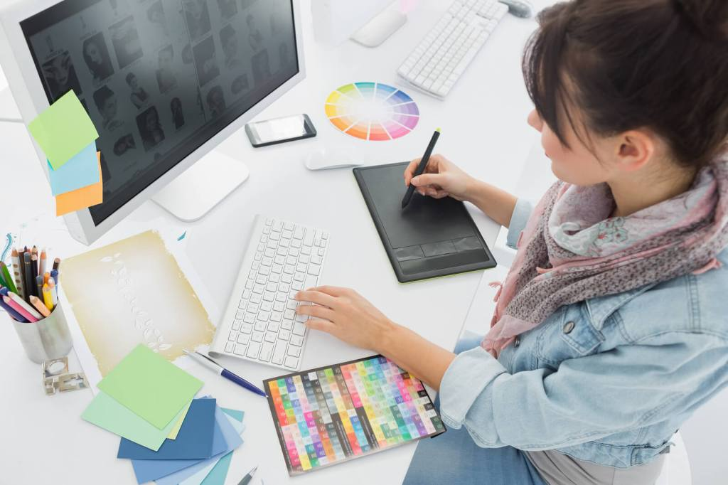 How to Get a Logo Made: Finding the Right Designer