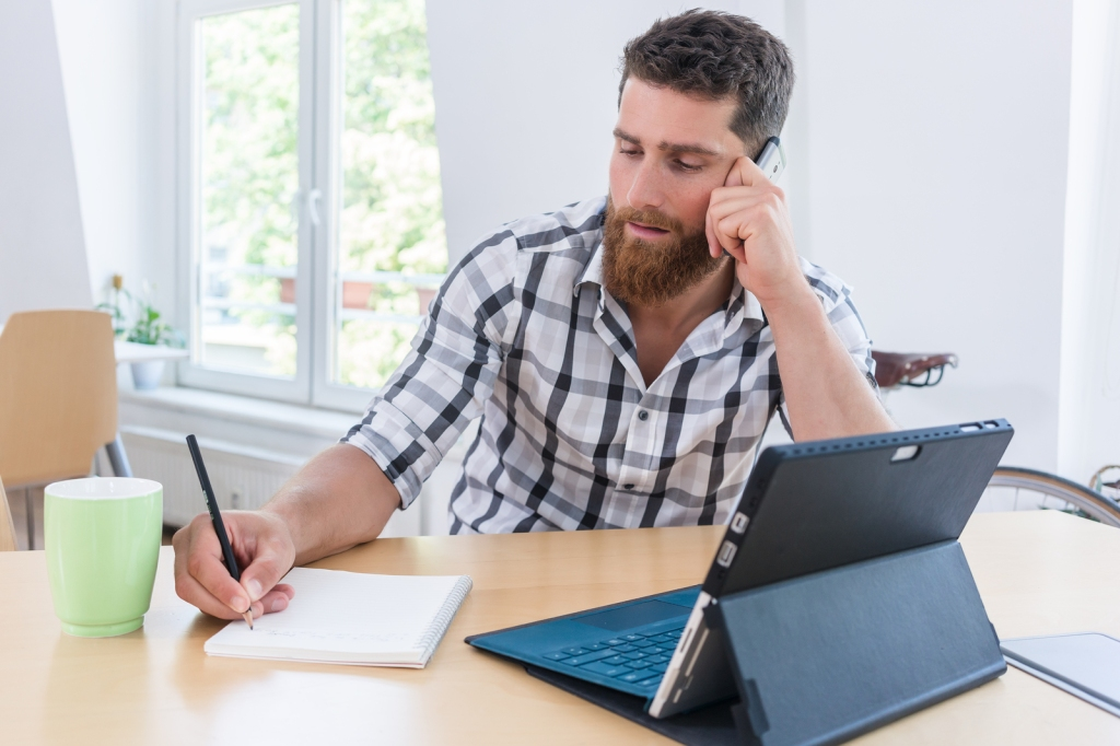 How to Become an IndependentContractor