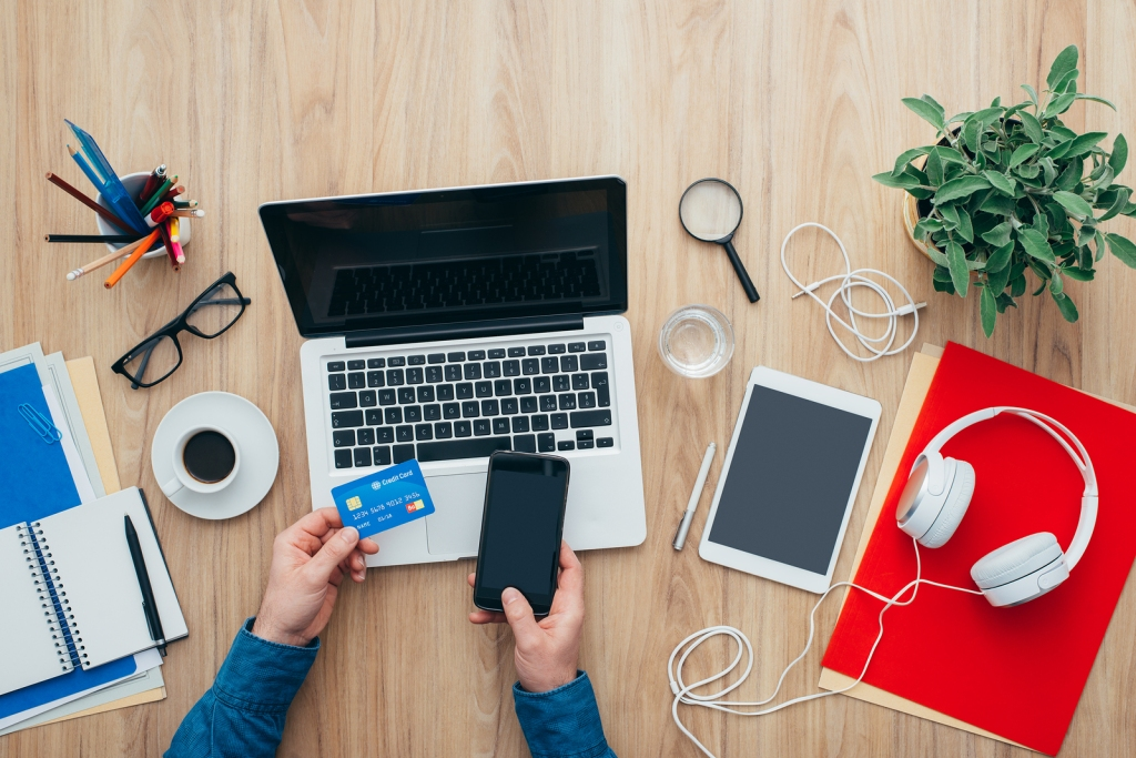 Create Successful eCommerce Websites Using TheseFeatures