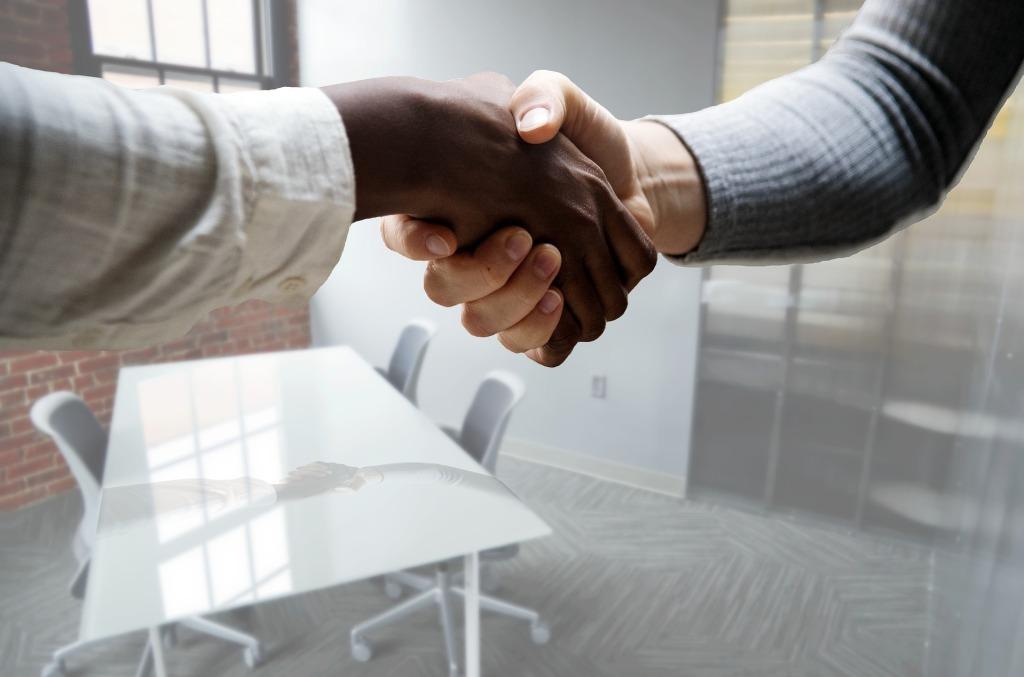 Recruit Employees Online ThroughWordPress.com