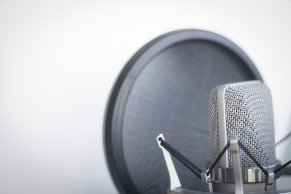 Finding the Right Voiceover Artist for Your Video Content